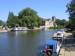 Medway River through Maidstone - Wikipedia image