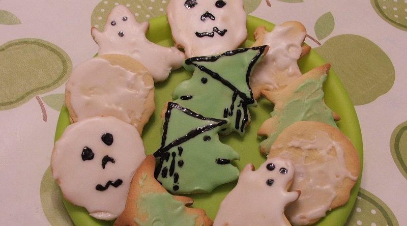 Fast and Yummy Halloween Biscuits…
